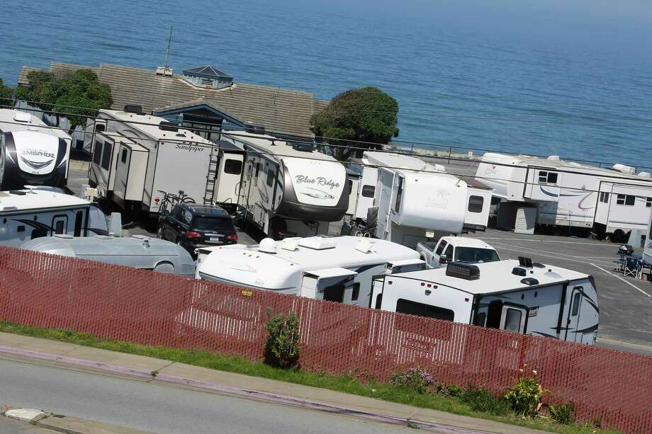 RV's are seen at San Francisco RV Resort June 3, 2020 in Pacifica, Calif. Photo: Lea Suzuki / The Chronicle / ONLINE_YES