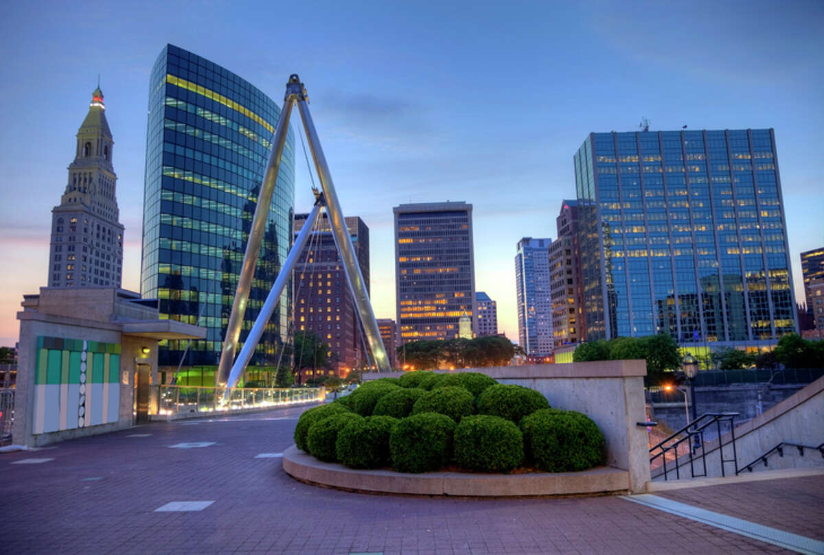 JetBlue will introduce transcon service to Hartford from SFO starting in December.