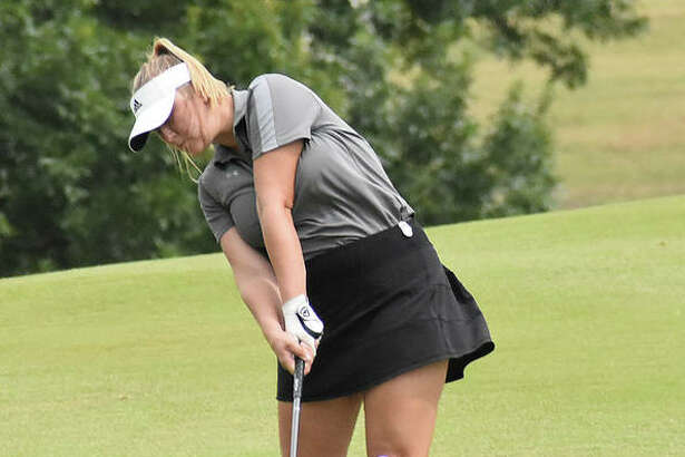Edwardsville senior Riley Burns will have the chance to qualify and end her prep career at the Gateway PGA Championship.