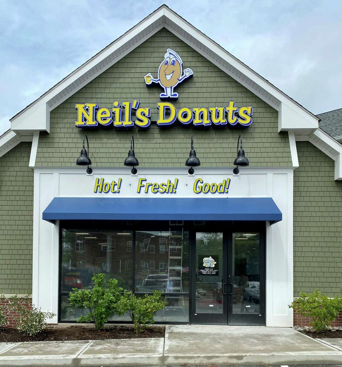 Neil's Donuts storefront at 211 S. Main Street, Middletown.
