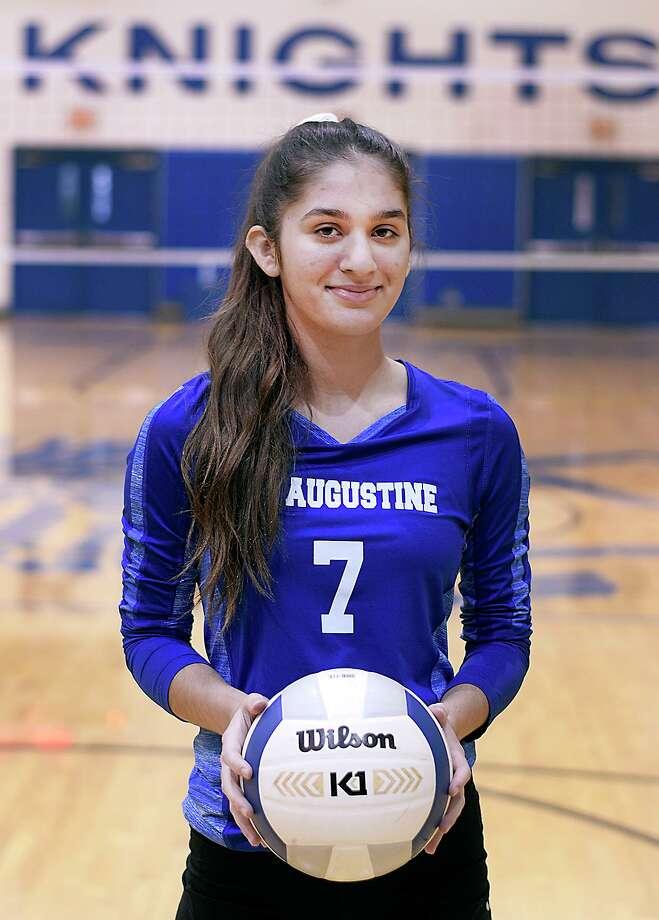 St Augustine senior volleyball player Taylor Meurer Photo: Cuate Santos / Laredo Morning Times / Laredo Morning Times