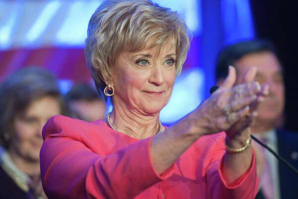 Stamford-- Linda McMahon thanks the crowd as she makes her concession speech after losing the senate race to Chris Murphy at her election night headquarters in Stamford. Photo--Peter Casolino/New Haven Register. 11/06/12