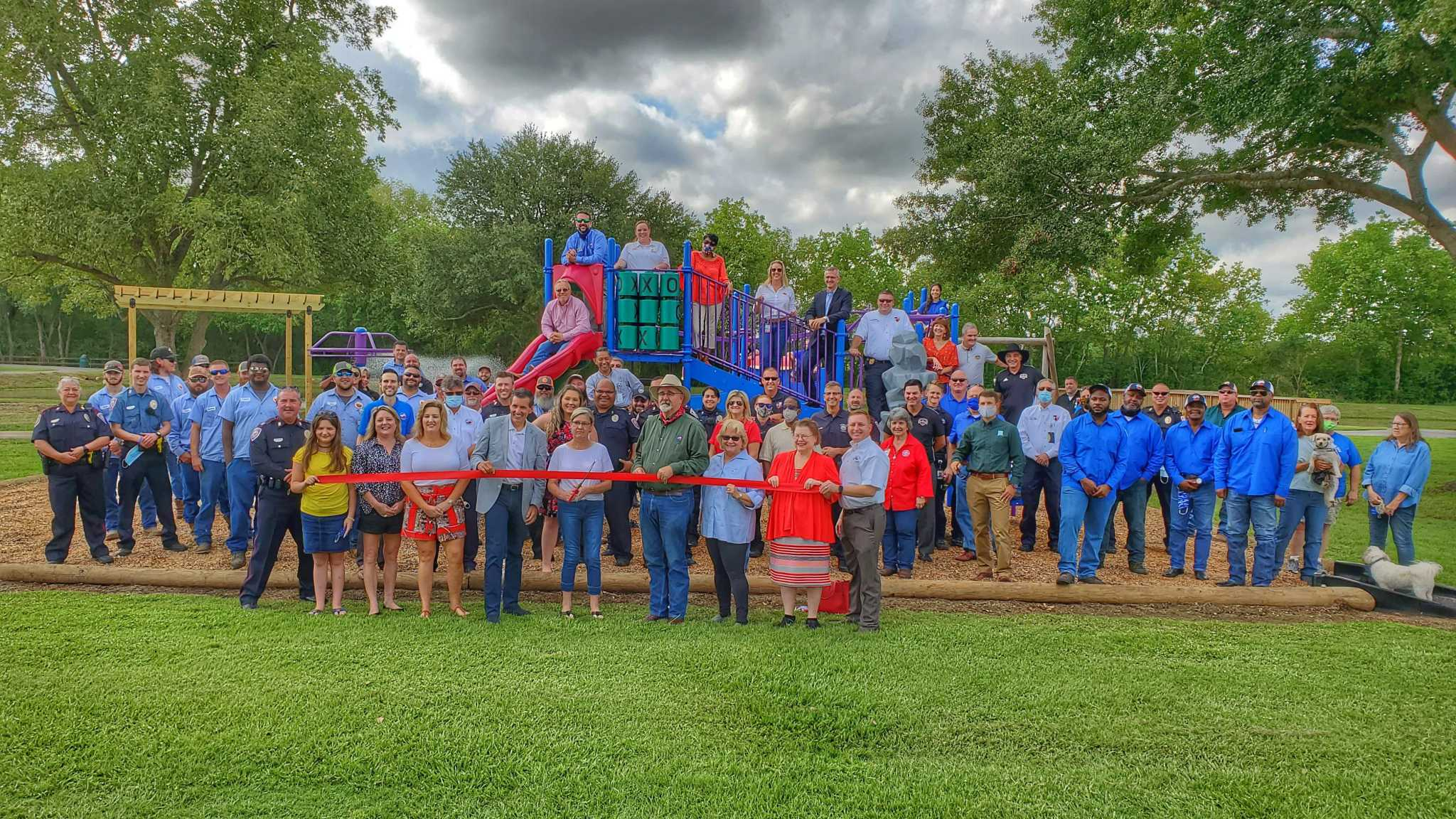 Tomball, county celebrate opening of Broussard Park