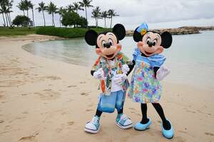 """AMERICAN IDOL - """"310 (Hawaii Showcase and Final Judgment Part #2)"""" - """"American Idol'''s previously recorded Hawaii Showcase concludes the Final Judgment round at Aulani, A Disney Resort & Spa in Ko Olina, Hawai'i, SUNDAY, APRIL 5 (8:00-10:00 p.m. EDT), on ABC. The remaining top 40 contestants perform in a concert showcasing their artistry before awaiting their final judgment for a spot in the coveted top 20. Tune in to watch as the remaining top 40 leave the judges with difficult, heartbreaking decisions and a shocking first-ever twist in the show's history for two contestants that no one saw coming. (Karen Neal via Getty Images) MICKEY MOUSE, MINNIE MOUSE"""
