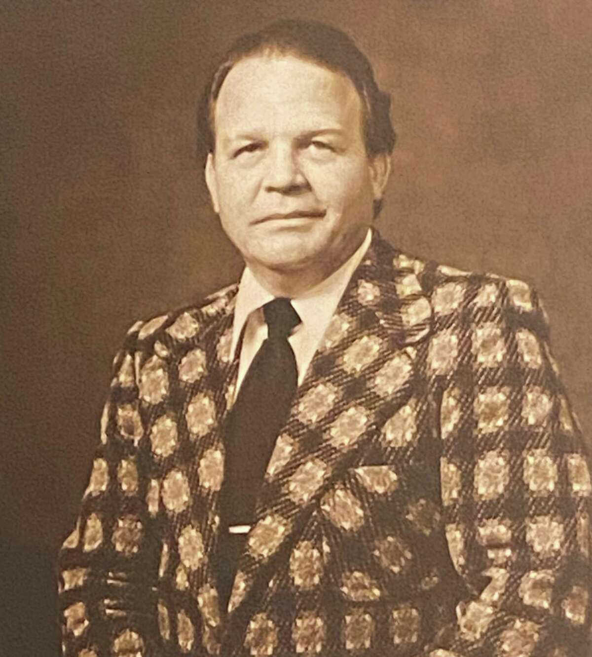Paul O'Farrell, the first mayor of Friendswood, died Thursday Sept. 24, 2020, city officials said.