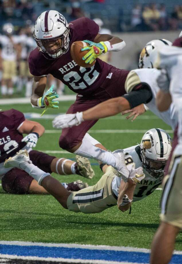 Lee's Makhilyn Young (22) attempts a touchdown as Amarillo's Zack McCown trips him Friday, Sept. 25, 2020 at Grande Communications Stadium. Jacy Lewis/Reporter-Telegram Photo: Jacy Lewis/Reporter-Telegram / MRT