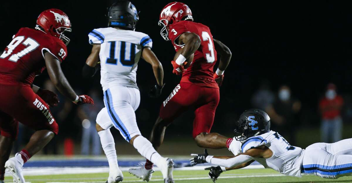 North Shore defensive back Denver Harris (3) returns an interception for a touchdown against Shadow Creek during the first half of the game at Galena Park ISD Stadium on Friday, Sept. 25, 2020, in Houston.