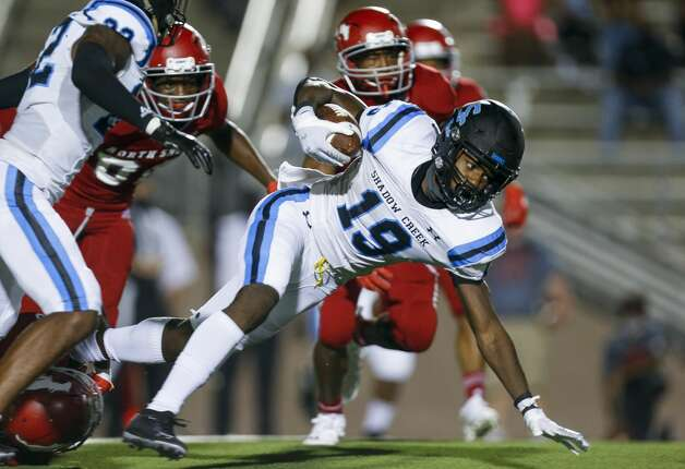 Shadow Creek wide receiver C.J. Guidry (19) returns a kick-off against North Shore during the second half of the game at Galena Park ISD Stadium on Friday, Sept. 25, 2020, in Houston. Photo: Godofredo A Vásquez/Staff Photographer / © 2020 Houston Chronicle