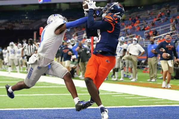 Playing for the first time this season, UTSA's Zakhari Franklin had six catches for 119 yards, including this touchdown grab.