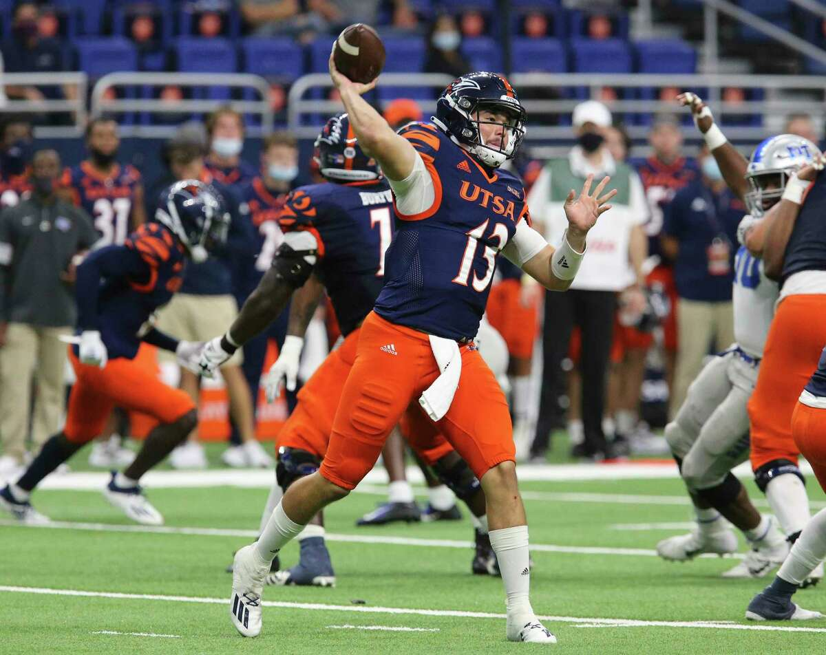 UTSA quarterback Josh Adkins (13) looks to pass against Middle Tennessee during their game at the Alamodome on Friday, Sept. 25, 2020. Adkins took over after Frank Harris went out with an injury in the second quarter. UTSA wins, 37-35, over Middle Tennessee.
