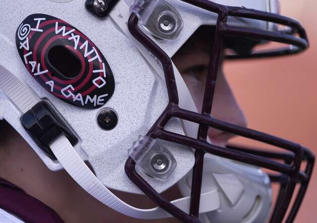 Deer Park wide receiver Ethan Fountain wears his mouthpiece on his helmet before a high school football game against La Porte, Friday, Sept. 25, 2020, in La Porte. Photo: Eric Christian Smith/Contributor