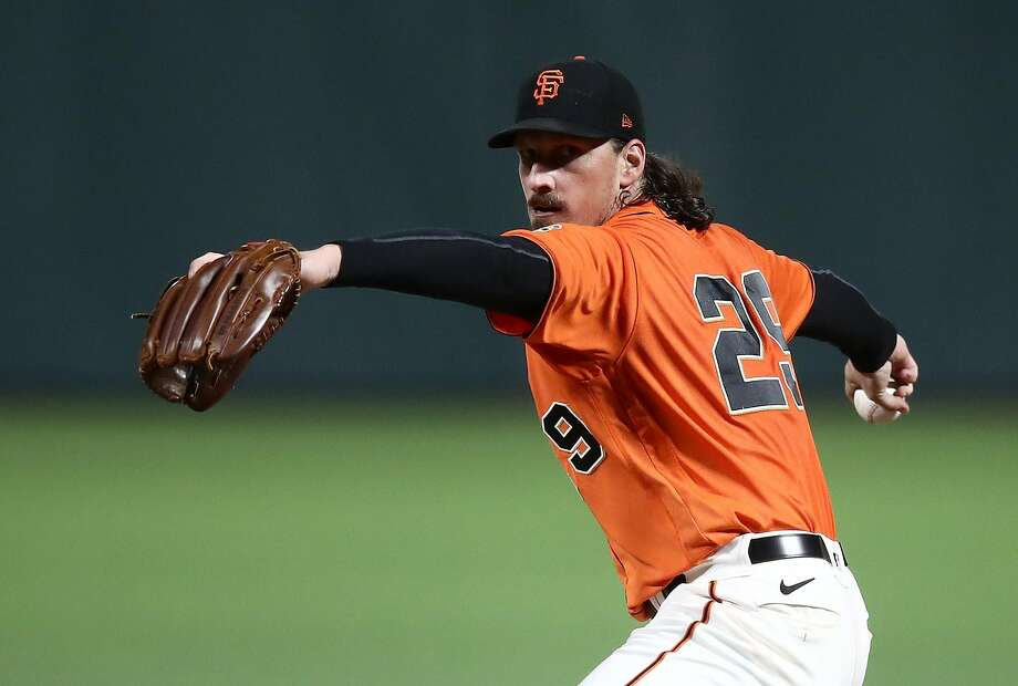 SAN FRANCISCO, CALIFORNIA - SEPTEMBER 25: Jeff Samardzija #29 of the San Francisco Giants pitches against the San Diego Padres in the first inning of game two of their double header at Oracle Park on September 25, 2020 in San Francisco, California. (Photo by Ezra Shaw/Getty Images) Photo: Ezra Shaw / Getty Images