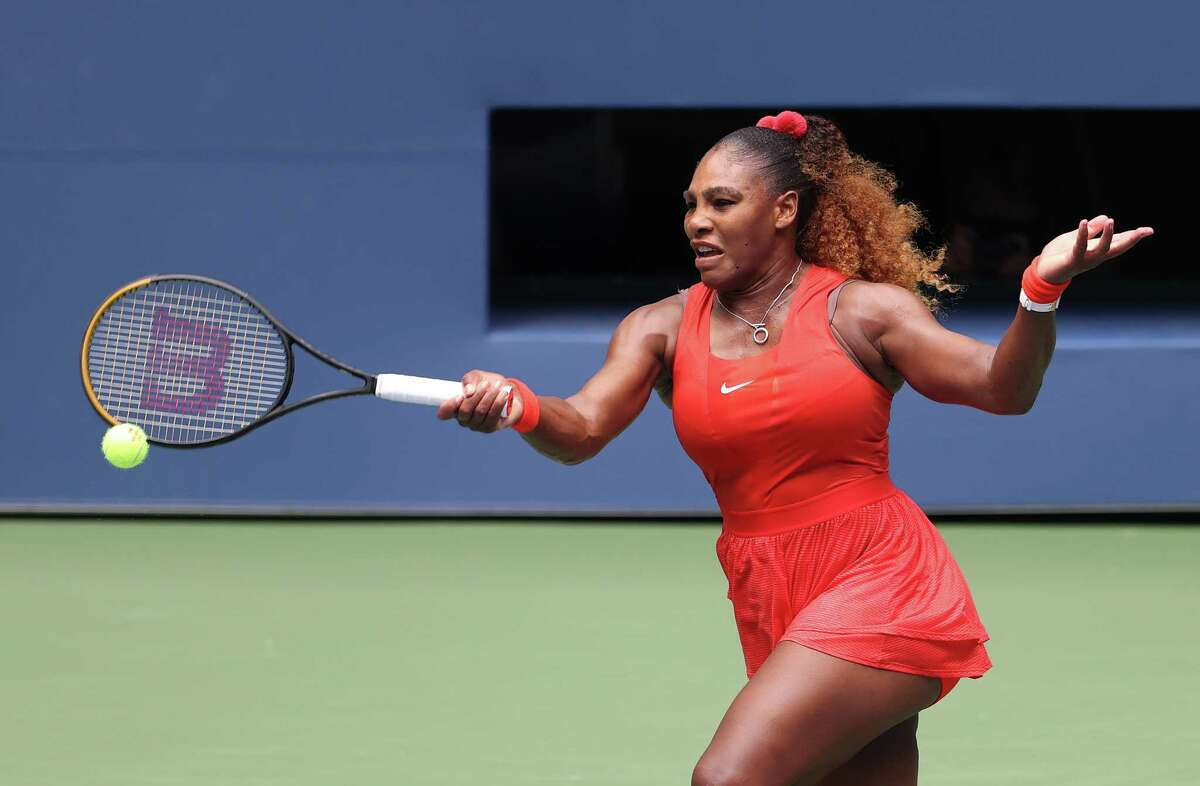 NEW YORK, NEW YORK - SEPTEMBER 09: Serena Williams of the United States returns the ball during her Women's Singles quarterfinal match against Tsvetana Pironkova of Bulgaria on Day Ten of the 2020 US Open at the USTA Billie Jean King National Tennis Center on September 9, 2020 in the Queens borough of New York City. (Photo by Al Bello/Getty Images)