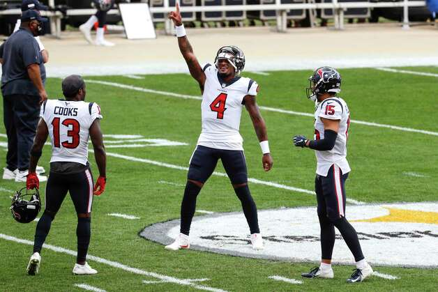 Houston Texans quarterback Deshaun Watson (4) dances at midfield before an NFL football game at Heinz Field on Sunday, Sept. 27, 2020, in Pittsburgh. Photo: Brett Coomer, Staff Photographer / © 2020 Houston Chronicle