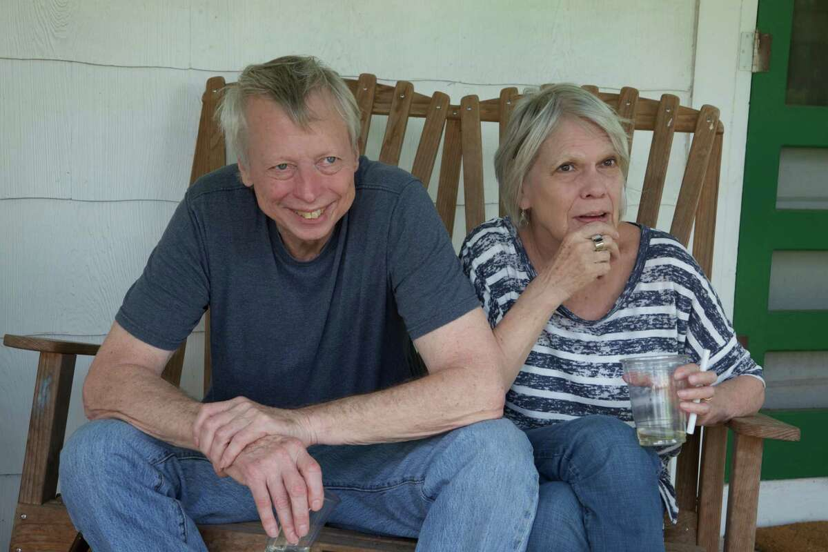 Jan Reid, pictured here in 2015 with his late wife, Dorothy Browne, continued to write long after his near-fatal shooting in Mexico City in 1998.