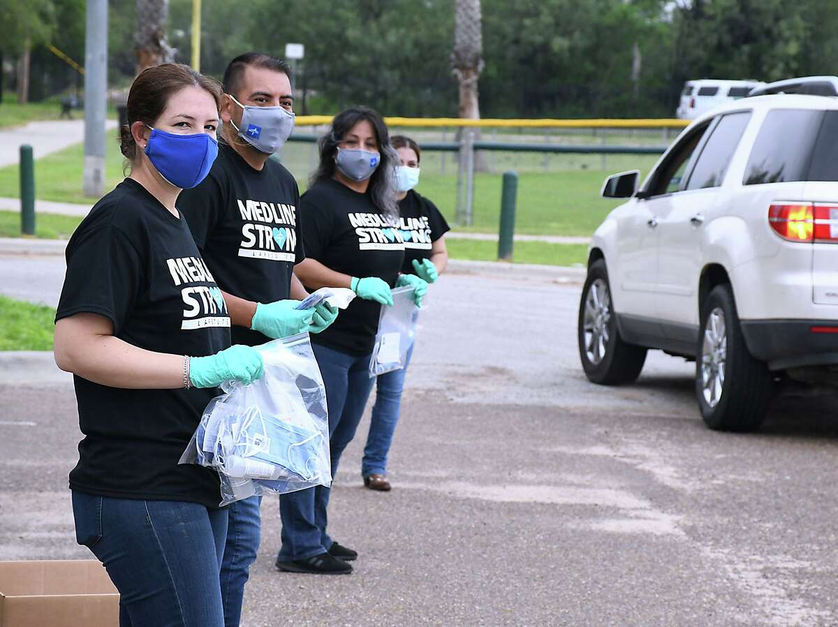 Medline, one of the largest employers in Laredo and North America's largest privately-held medical supply manufacturer and distributor, in collaboration with the City of Laredo distributed free face masks, bottles of hand sanitizer and Census 2020 material to Laredoans Saturday, Sept. 26 at Slaughter Park.