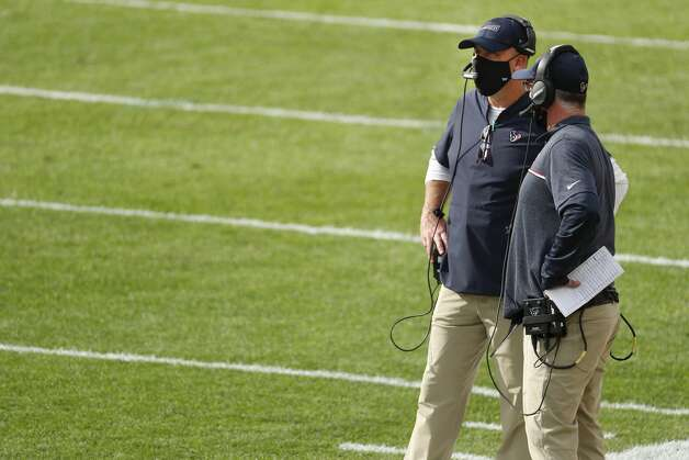 Houston Texans head coach Bill O'Brien stands with receivers coach John Perry late in the fourth quarter of an NFL football game against the Pittsburgh Steelers at Heinz Field on Sunday, Sept. 27, 2020, in Pittsburgh. Photo: Brett Coomer/Staff Photographer / © 2020 Houston Chronicle
