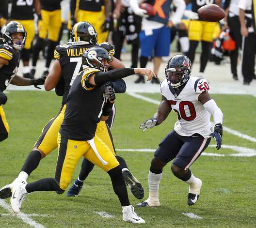 Pittsburgh Steelers quarterback Ben Roethlisberger (7) throws as he is rushed by Houston Texans linebacker Tyrell Adams (50) during the third quarter of an NFL football game at Heinz Field on Sunday, Sept. 27, 2020, in Pittsburgh. Photo: Brett Coomer/Staff Photographer / © 2020 Houston Chronicle