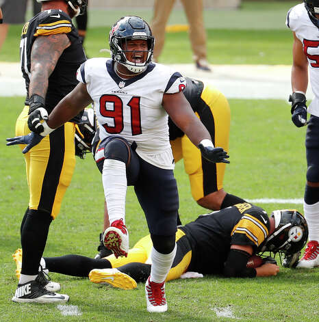 Houston Texans defensive end Carlos Watkins (91) celebrates after sacking Pittsburgh Steelers quarterback Ben Roethlisberger (7) during the third quarter of an NFL football game at Heinz Field on Sunday, Sept. 27, 2020, in Pittsburgh. Photo: Brett Coomer/Staff Photographer / © 2020 Houston Chronicle