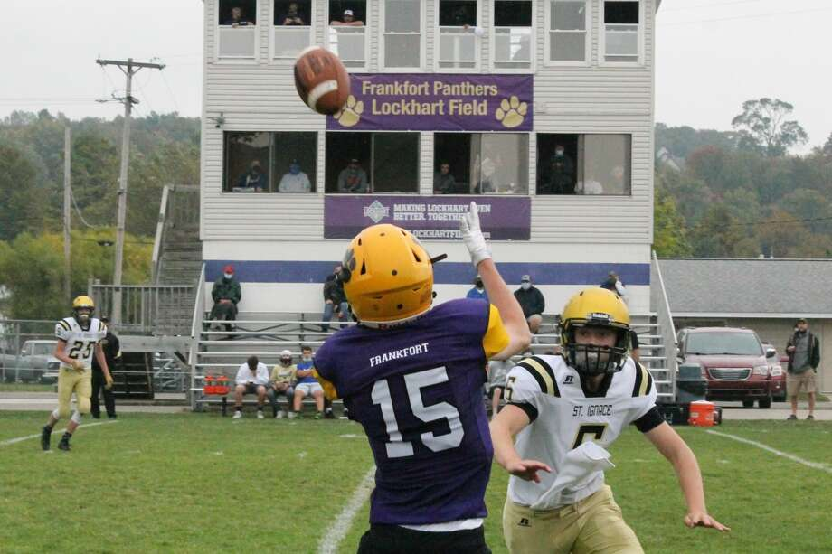 The Frankfort Panthers defeat the St. Ignace Saints 40-12 on Sept. 26. Photo: Robert Myers