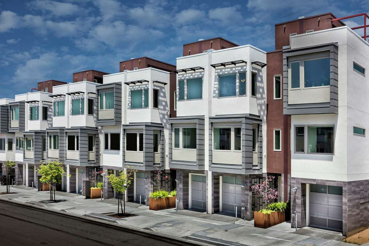The Palisades at the Shipyard San Francisco is a development of 56 detached, single-family homes conceptualized by architect Ron Metzker.
