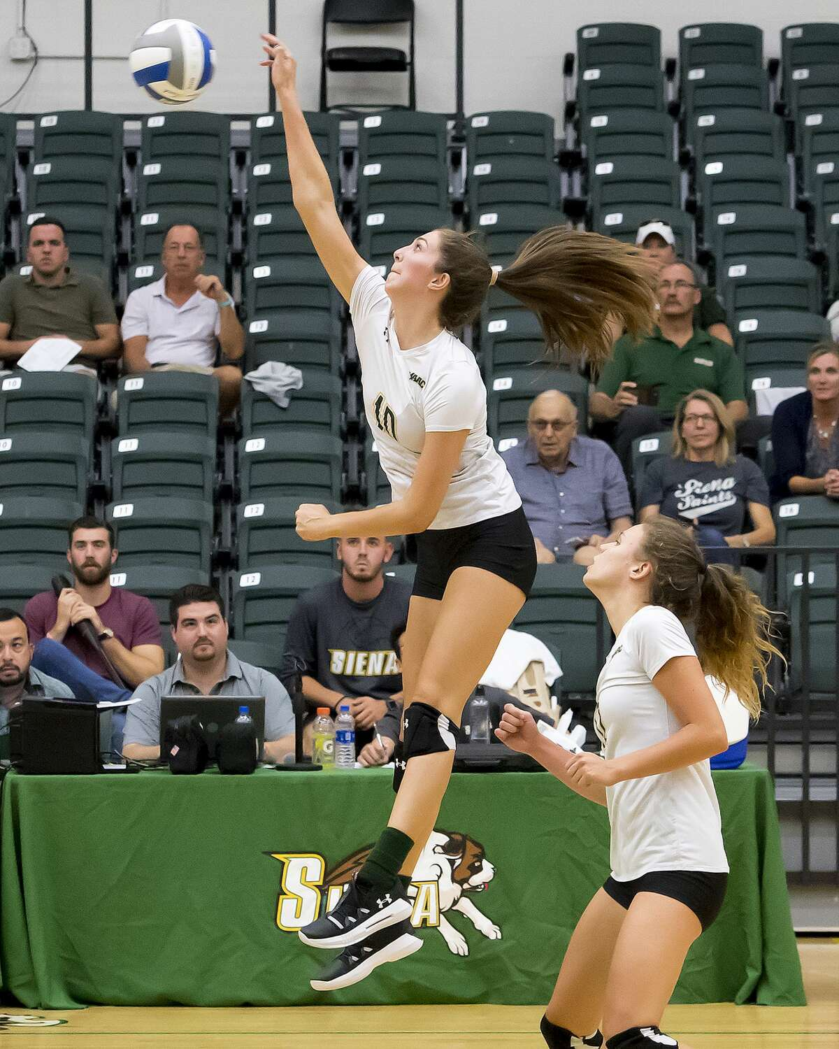 Siena volleyball player Abby Huffman has decided to remain in California and take classes remotely this fall. (Courtesy of Siena College Athletics)