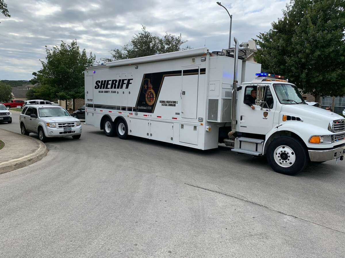 A San Antonio man has barricaded himself inside a North Side home, according to the Bexar County Sheriff's Office.