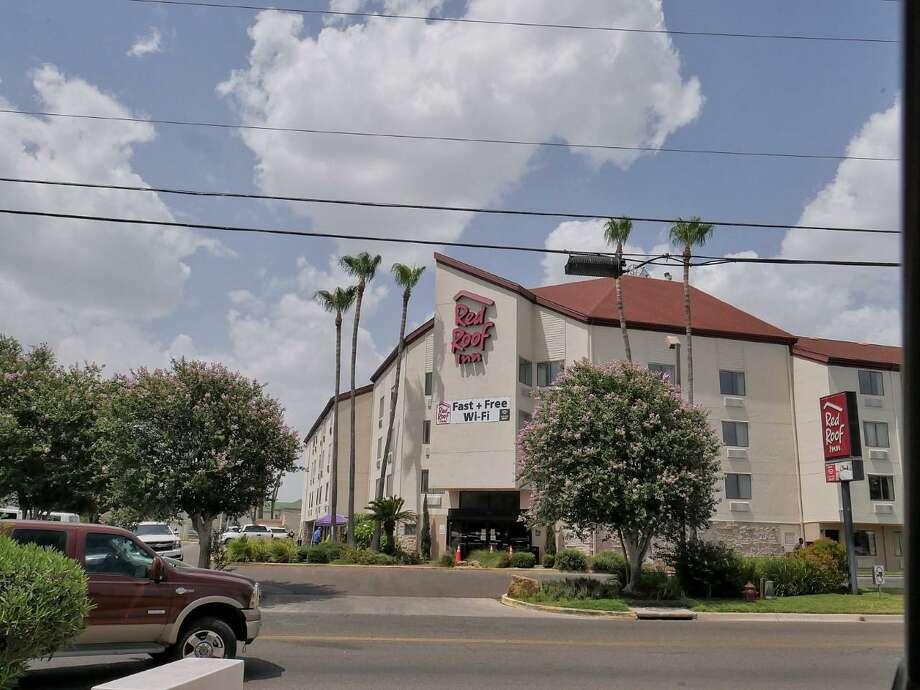 El hotel Red Roof Inn de Laredo fue cerrado como instalación hospitalaria alterna por el estado de Texas, el 23 de septiembre de 2020. Photo: Foto Por Cuate Santos /Laredo Morning Times