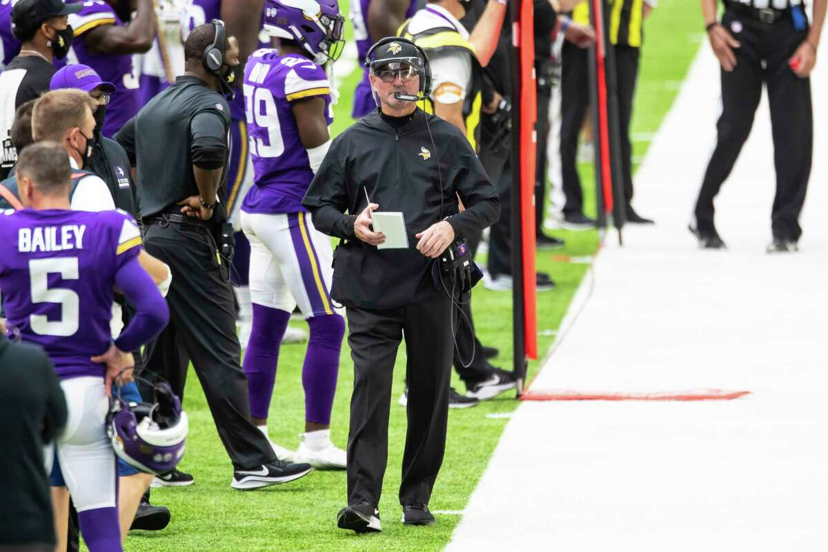 Minnesota Vikings head coach Mike Zimmer looks on in the third quarter during an NFL football game against the Tennessee Titans, Sunday, Sept. 27, 2020, in Minneapolis. The Titans defeated the Vikings 31-30. (AP Photo/David Berding)