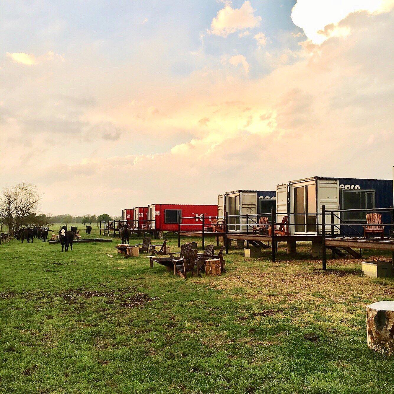 Estos hoteles de contenedores de envío ofrecen vacaciones únicas en Texas
