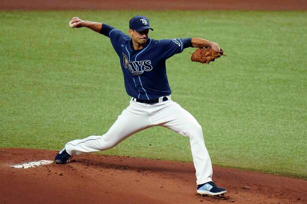 Tampa Bay Rays' Charlie Morton pitches to the Philadelphia Phillies during the first inning of a baseball game Friday, Sept. 25, 2020, in St. Petersburg, Fla. (AP Photo/Chris O'Meara)