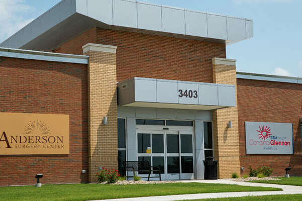 Representatives from Anderson Healthcare, SSM Health Cardinal Glennon Children's Hospital and physician partners recently celebrated the completion of the Anderson Surgery Center in Edwardsville.