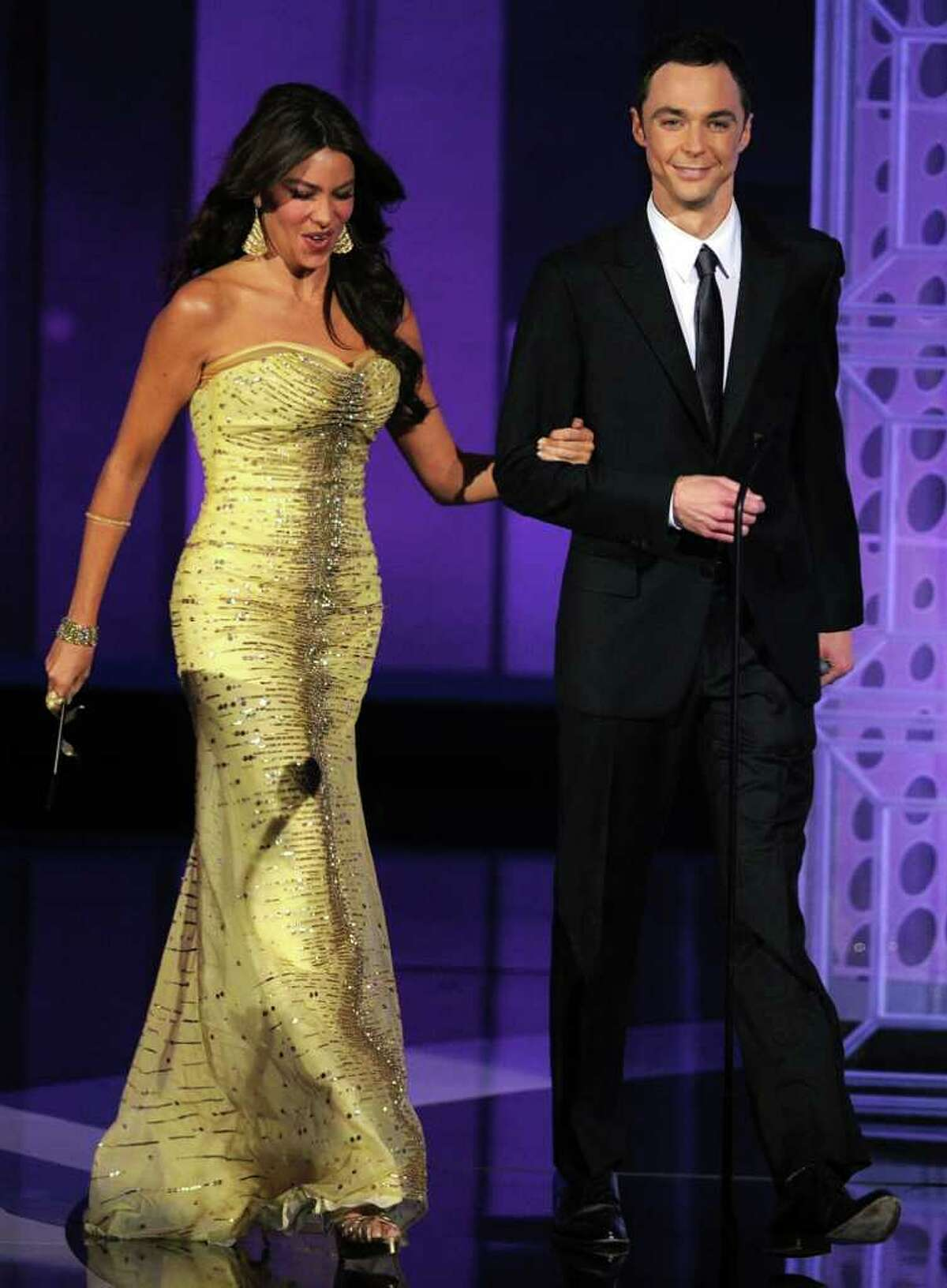 LOS ANGELES, CA - AUGUST 29: Actress Sofia Vergara (L) and actor Jim Parsons present the Outstanding Writing for a Comedy Series award onstage at the 62nd Annual Primetime Emmy Awards held at the Nokia Theatre L.A. Live on August 29, 2010 in Los Angeles, California. (Photo by Kevin Winter/Getty Images) *** Local Caption *** Sofia Vergara;Jim Parsons