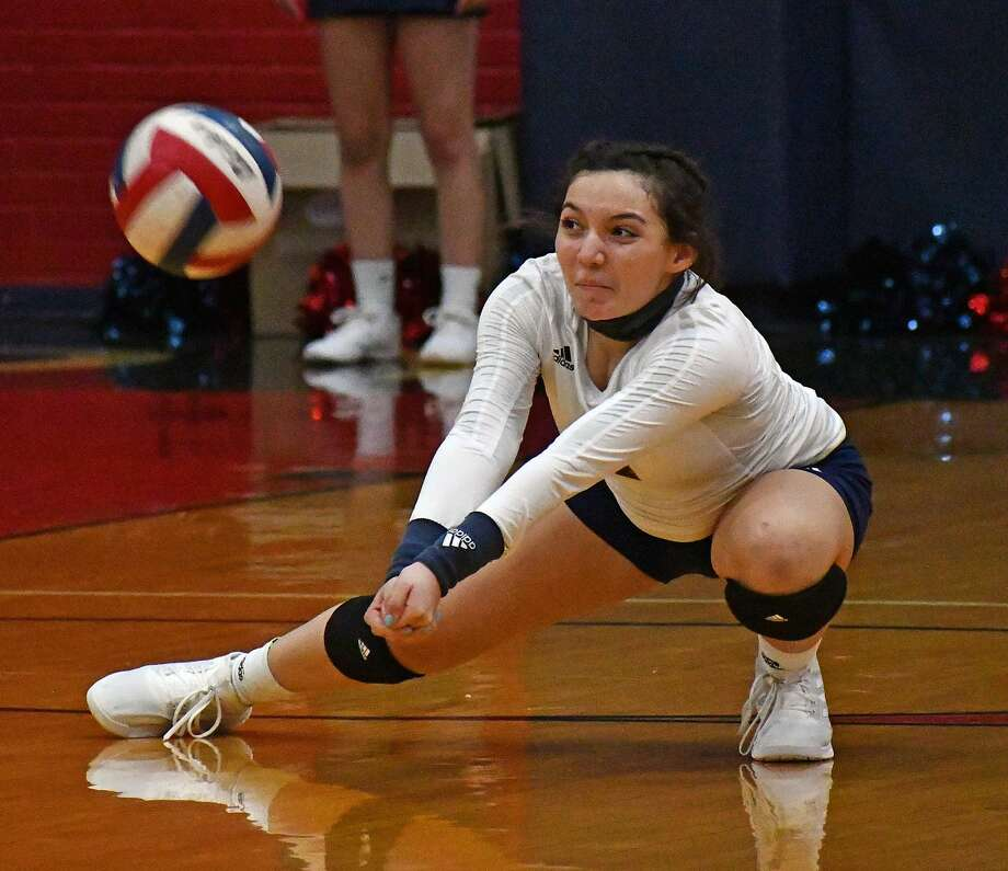 Plainview went 2-0 in a home volleyball triangular on Tuesday, Sept. 29, 2020 in the Dog House at Plainview High School. The Lady Bulldogs won 3-0 against Wichita Falls and defeated Lubbock 3-1. Photo: Nathan Giese/Planview Herald