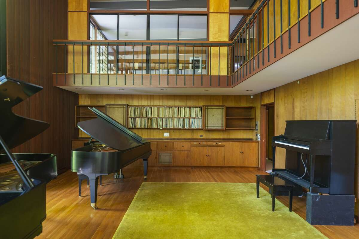 Music great, Dave Brubeck's home located at 221 Millstone Road in Wilton, Conn. Sited on a woodsy 7.5-acre lot, the spacious 6,200 sq. ft. residence was directly inspired by a trip to Japan Brubeck took on tour nearly 60 years ago - one might say he was impressed. Upon his return to the states, the jazz master commissioned his friend, architect Beverly David Thorne, known for his expert ability to build beautiful homes on challenging terrain, to create a Japanese-inspired midcentury modern estate. There are 8 bedrooms and 5.5 bathrooms.