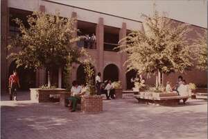 Students gather at University Hall at Laredo State University in 1979.