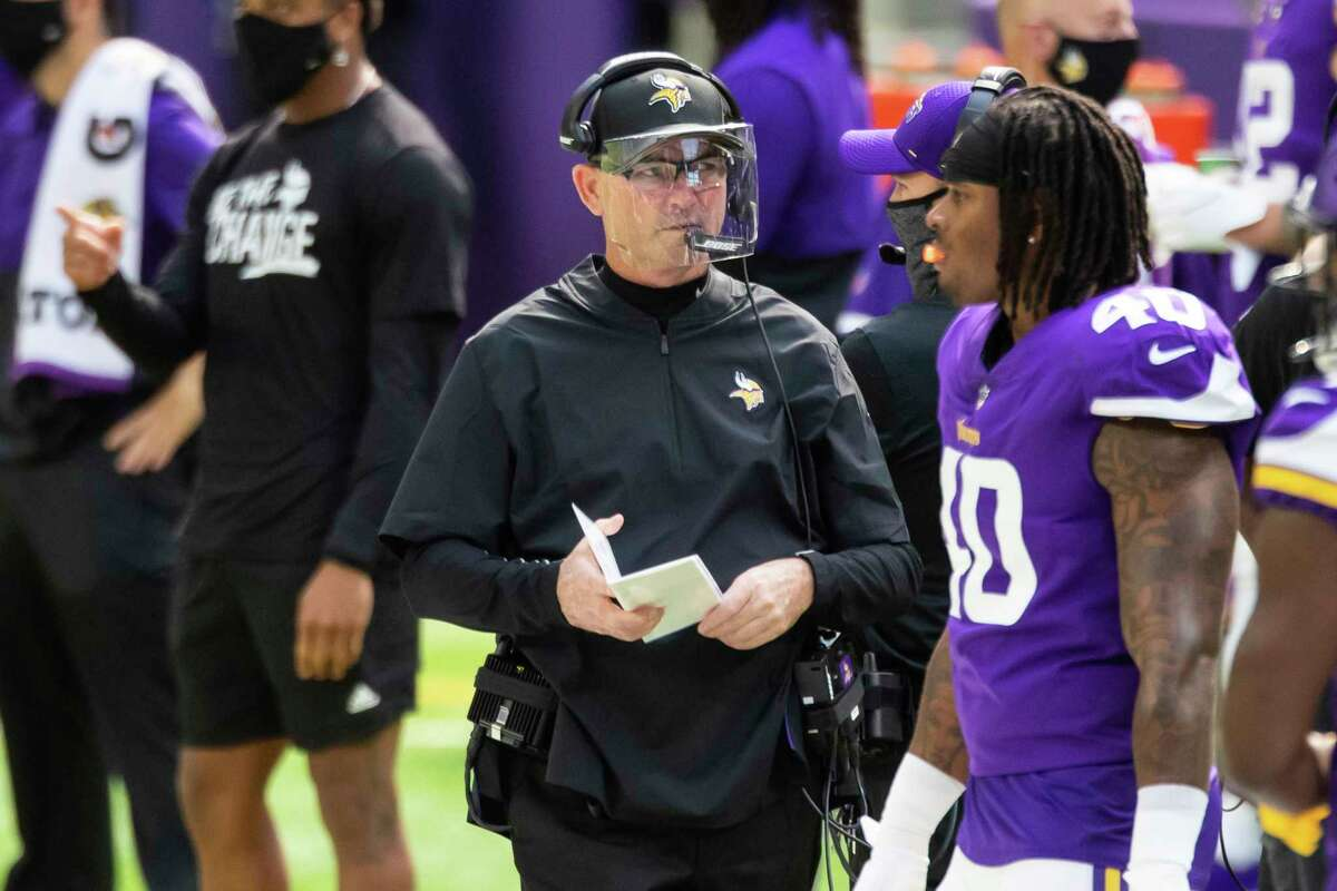 PHOTOS: A look at the Texans' loss in Pittsburgh last weekend Minnesota Vikings head coach Mike Zimmer looks on in the first quarter during an NFL football game against the Tennessee Titans, Sunday, Sept. 27, 2020, in Minneapolis. The Titans defeated the Vikings 31-30. (AP Photo/David Berding)