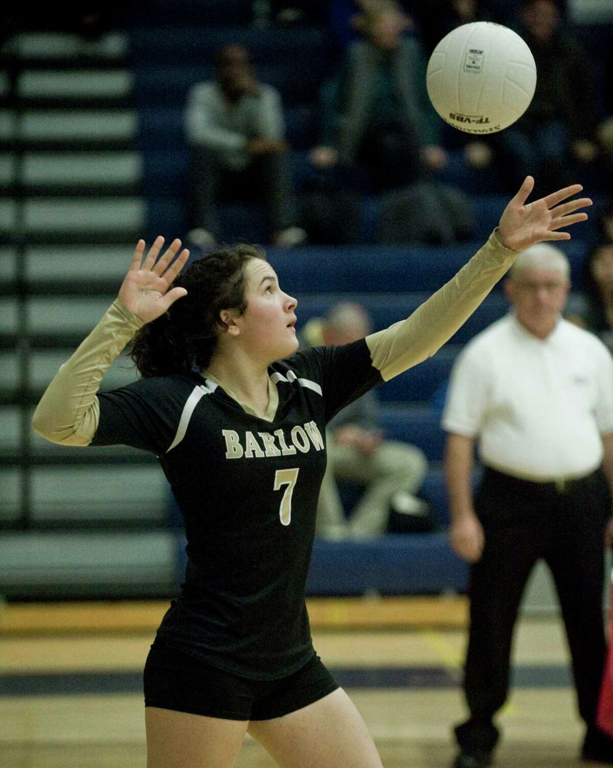 Barlow's Emily Grob serves the ball during the SWC championship game against Newtown in 2018.