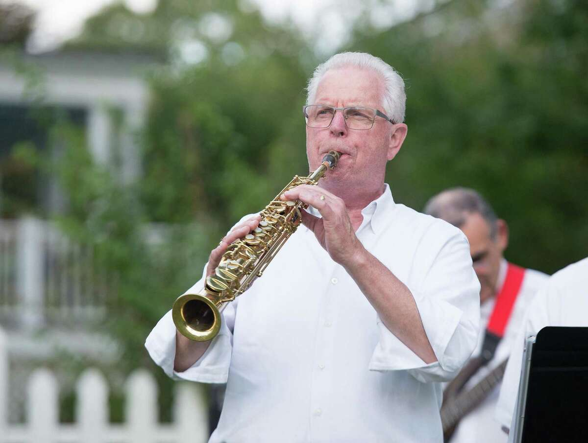 Greg Zaic plays the clarinet with the Catoonah Street Jazz & Blues Society at St. Stephen's Nutmeg & Neighbors BBQ on Saturday, September 26, 2020 in Ridgefield, Connecticut. The event was also streamed live on Facebook. Greg Zaic plays the clarinet with the Catoonah Street Jazz & Blues Society at St. Stephen's Nutmeg & Neighbors BBQ on Saturday, September 26, 2020 in Ridgefield, Connecticut. The event was also streamed live on Facebook.