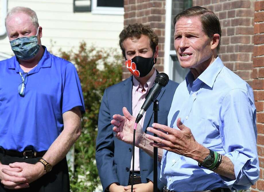 U.S. Senator Richard Blumenthal spoke outside town hall on Sunday, endorsing Democratic state representative candidate Aimee Berger-Girvalo. That's State Senator Will Haskell just to Blumenthal's left. Photo: J.C. Martin Photo / Hearst Connecticut Media
