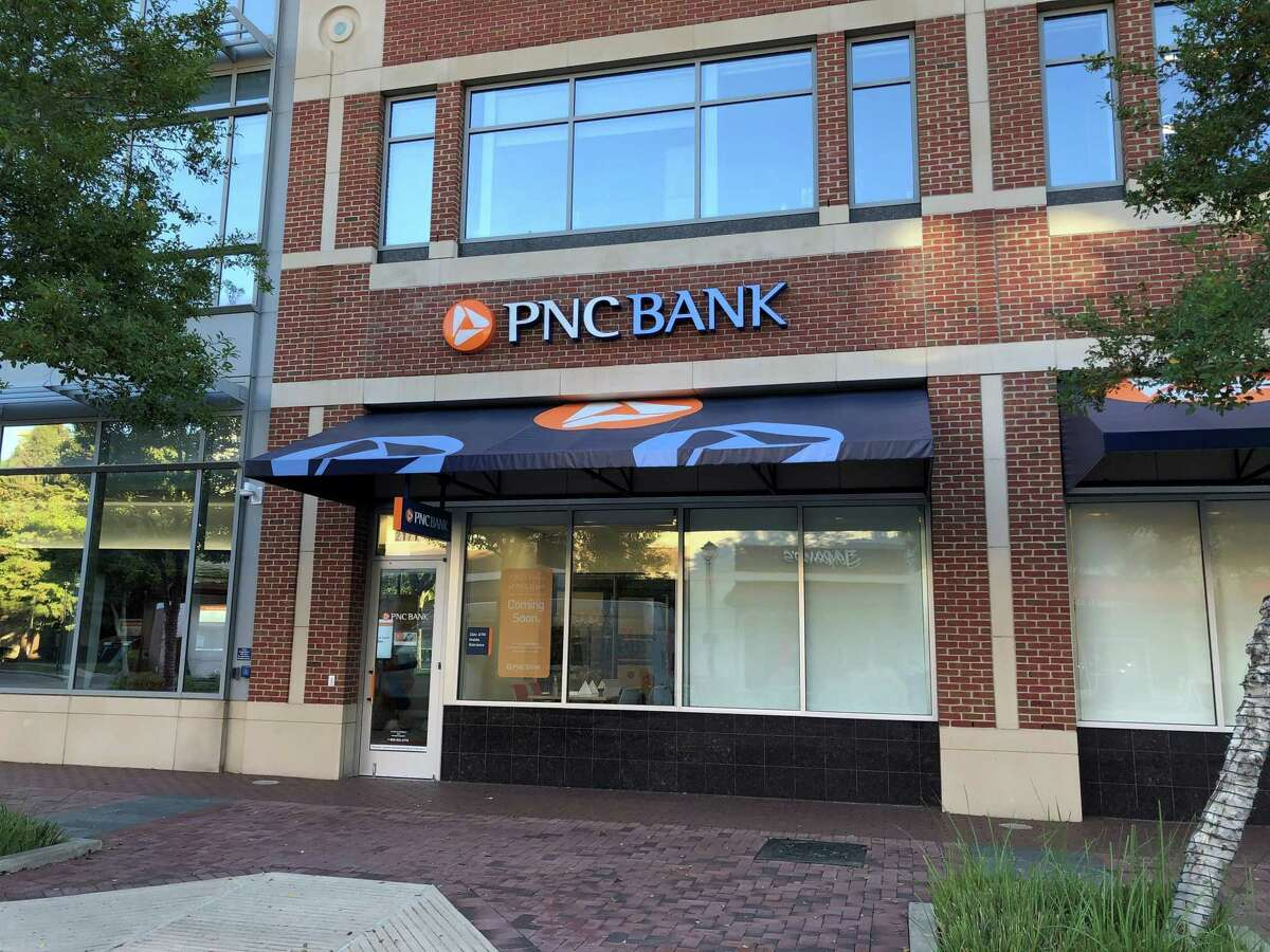 PNC Bank opened a 2,700-square-foot retail branch in Sugar Land TownSquare.