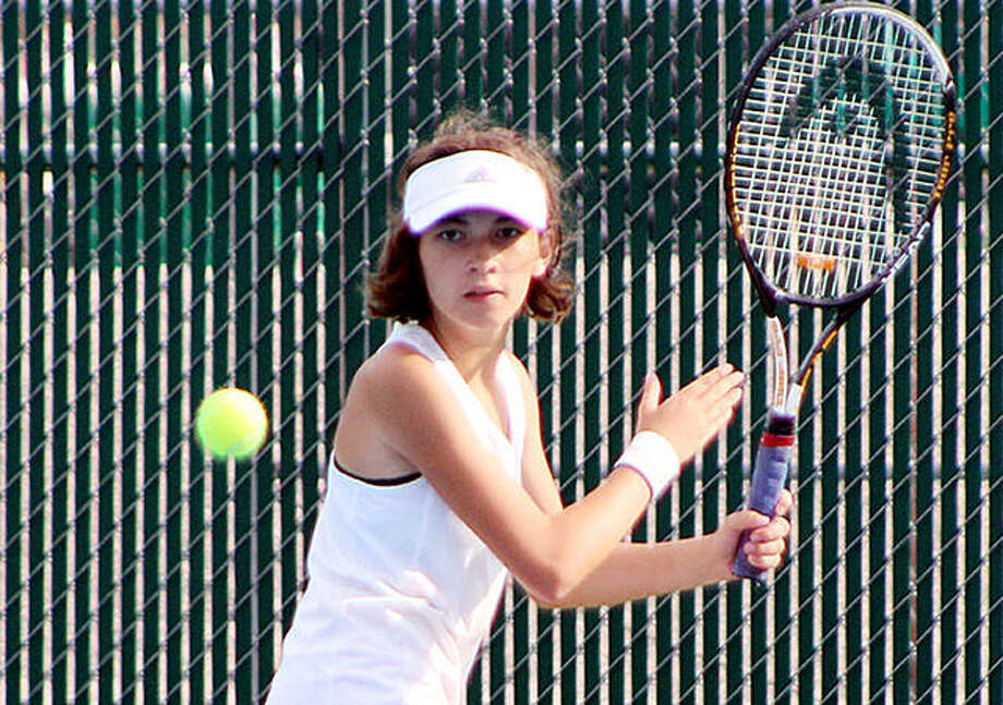 Anna Palen of Roxana defeated Addie Murphy of Waterloo Gibault 6-2, 6-4 to win the No. 6 singles match in Wednesday's 9-0 Shells win over the Bulldogs. Photo: Pete Hayes | The Telegraph