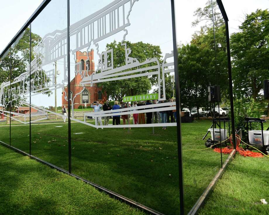 The New Canaan Library unveils a small building, a mirrored cube, to promote their planned expansion, on Tuesday, September 15, 2020, in New Canaan, Connecticut. This letter writer gives an opinion about what he feels an attribute of the structure for the town attraction's planned project is to an animal. Photo: Erik Trautmann / Hearst Connecticut Media / Norwalk Hour