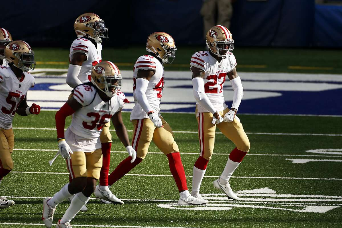 Dontae Johnson (right) reacts after a play Sunday against the Giants. The cornerback played for five other teams in two years after starting 16 games for the 49ers in 2017.