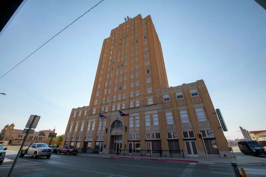 Hotel Settles observed its 90th anniversary Thursday, Oct. 1, 2020 at 200 East 3rd Street in Big Spring.   Jacy Lewis/Reporter-Telegram Photo: Jacy Lewis/Reporter-Telegram / MRT