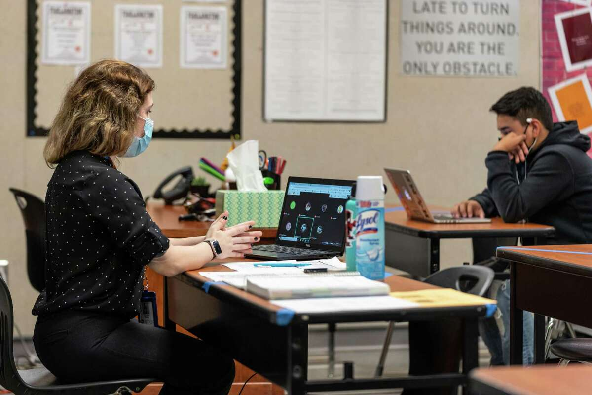 Students return to class at Wunsche Senior High School Sept. 28. Spring ISD welcomed back 8th graders, juniors and seniors Sept. 28 as part of the final phase of their plan to bring back students to campus.