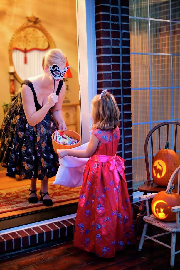 MDHHSmakes COVID-19recommendationsabout Halloweentrick-or-treatingcelebrations. (Courtesy Photo)