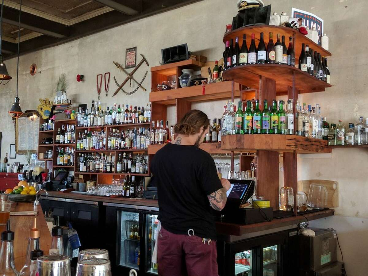 Starline Social Club, a popular venue, restaurant and bar in Uptown Oakland, is up for sale.