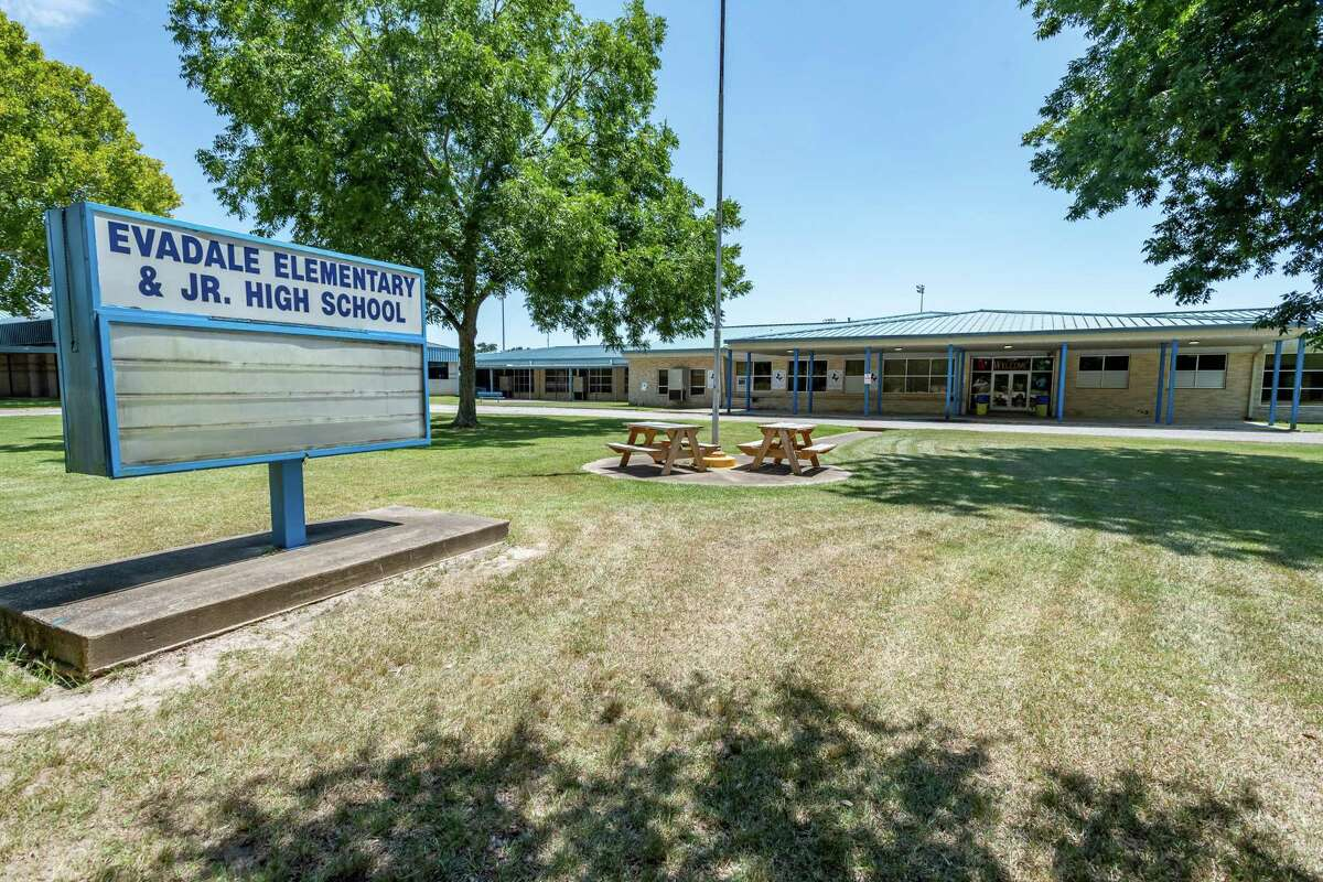 Evadale Elementary/ Junior High School. Photo made on August 18, 2020. Fran Ruchalski/The Enterprise