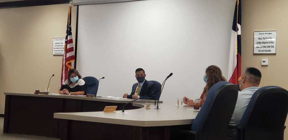 Superintendent H.T. Sanchez told the Plainview ISD School Board Thursday afternoon that infection and exposure rates across the district have been low. In an effort to keep them that way, he wants teachers and administrators to lead by example by wearing masks. Photo: Ellysa Harris/Plainview Herald